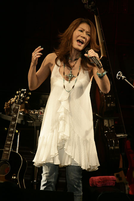 http://image.pia.jp/images/news/img/ORG_20080228000301.jpg