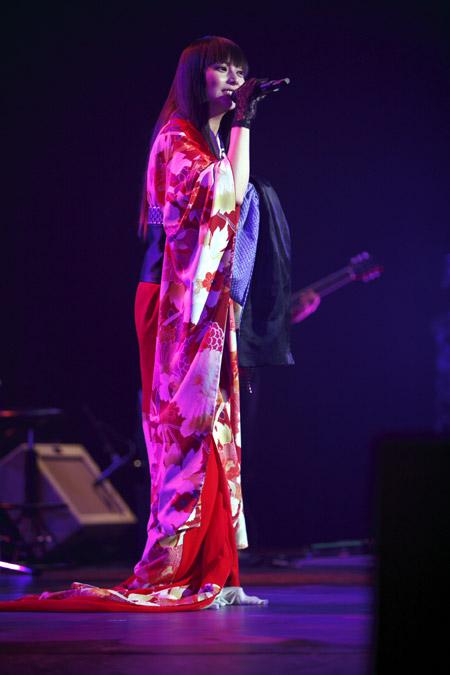 着物姿が素敵な柴崎コウの画像