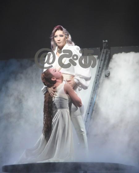 宝塚歌劇月組 東京宝塚劇場公演 『エリザベート』-愛と死の輪舞(ロンド)-