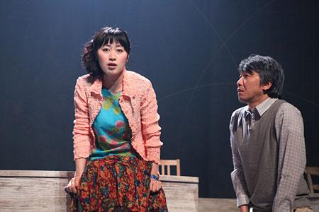 演劇集団キャラメルボックス『バイ・バイ・ブラックバード』 撮影:伊東和則