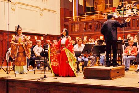 「かぐや姫」チェコ公演 2009年4月18日プラハ・スメタナホール
