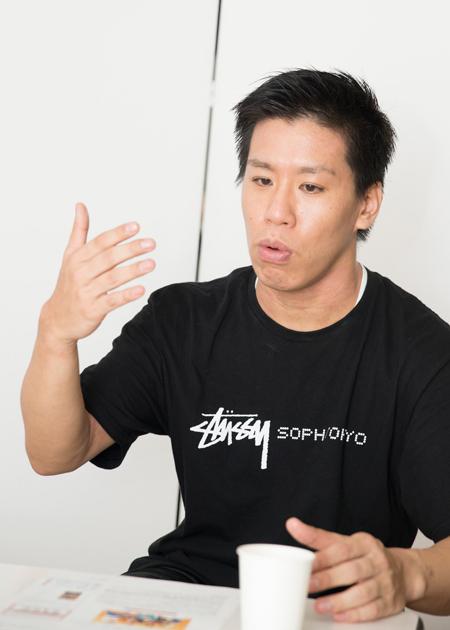 伊藤今人  撮影:川野結李歌