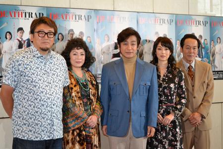 (画像左から)福田雄一、佐藤仁美、片岡愛之助、高岡早紀、坂田聡