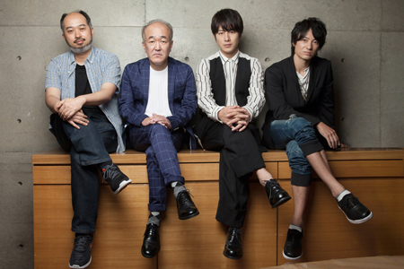 左から、森新太郎、温水洋一、溝端淳平、忍成修吾  撮影:本房哲治