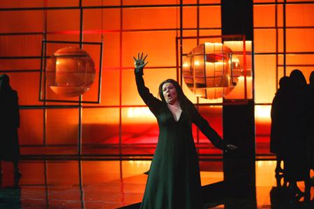 新国立劇場オペラ「神々の黄昏」 Production:Finnish National Opera [Photo:Stefan Bremer]