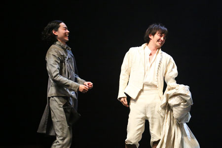 舞台「ローゼンクランツとギルデンスターンは死んだ」 撮影:宮川舞子