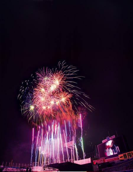 東日本大震災・熊本地震復興チャリティー 「2018神宮外苑花火大会」