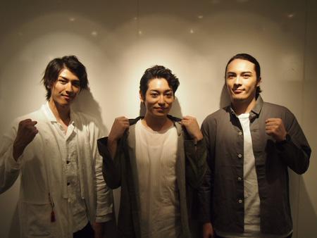 (画像左から)井阪郁巳、川原一馬、冨森ジャスティン