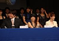 左より 山口祐一郎、保坂知寿、涼風真世