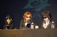 全米ツアーの日程表を見ながら。HEATH、YOSHIKI、ToshI