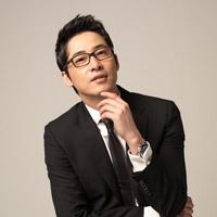 映画『7級公務員』主演カン・ジファン