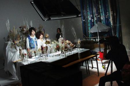 『有毒少年』チラシ撮影現場より 撮影:源 賀津己