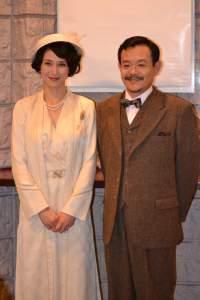 『英国王のスピーチ』会見より (左から安田成美、近藤芳正)