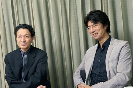 左から、白井晃、仲村トオル  撮影:源 賀津己