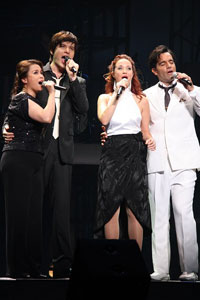 ミュージカル・コンサート『4Stars』より。左から、レア・サロンガ、城田優、シエラ・ボーゲス、ラミン・カリムルー