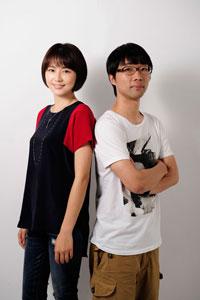 長澤まさみ(ヘアメイク:小西神士(band) スタイリスト:藤井牧子)と、倉持裕  撮影:源 賀津己