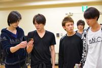 左から、中村誠治郎、根本正勝、飯塚大夢、橋本真一、高木万平