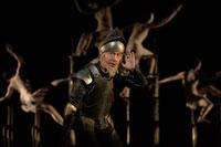 『「神なき国の騎士」-あるいは、何がドン・キホーテにそうさせたのか?』  撮影:細野晋司