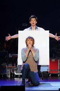 ミュージカル[title of show]より。浦井健治、柿澤勇人.