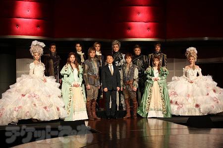 ミュージカル『1789 バスティーユの恋人たち』キャスト一同