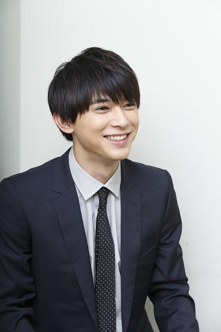 吉沢亮 撮影:石阪大輔