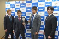 左から、坂巻魁斗、伊藤盛一郎、柏崎剛、上田貴央