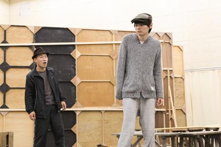 舞台『イニシュマン島のビリー』稽古場より 撮影:宮川舞子