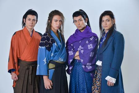 左から、森山栄治、土屋佑壱、鷲尾昇、佐野大樹  撮影:源 賀津己