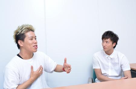 左から、伊藤今人、大貫勇輔  撮影:源 賀津己