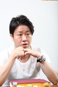 川瀬賢太郎  撮影:石阪大輔