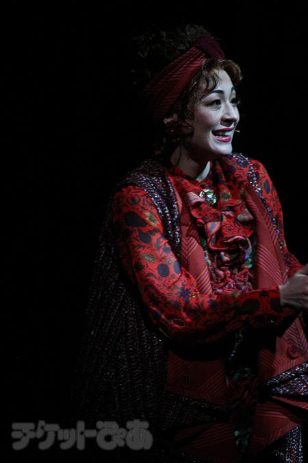 ミュージカル『ロミオ&ジュリエット』より。シルビア・グラブ