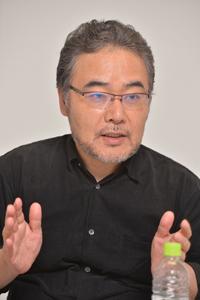岩松了  撮影:柴田和彦