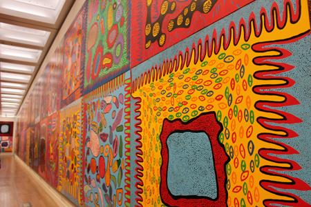 展示室の壁一面に展開される「わが永遠の魂」