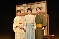 会見より。左から、帆風成海、平野良、今立進  撮影:鏡田伸幸