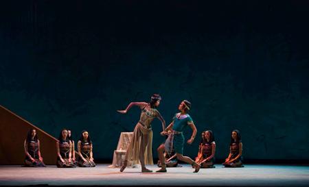バレエ『クレオパトラ』 撮影:Shunki Ogawa
