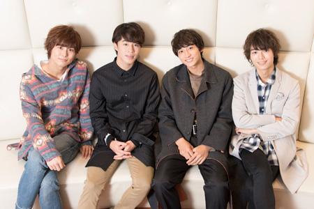 (左から)正木郁、富田健太郎、小関裕太、溝口琢矢  撮影:川野結李歌