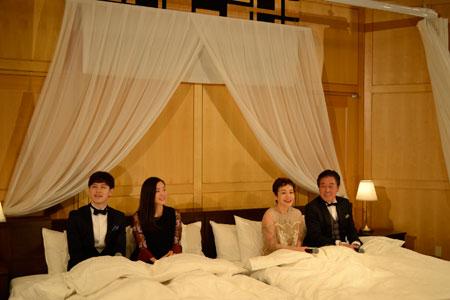 ミュージカル『リトル・ナイト・ミュージック』製作発表より。(左から)ウエンツ瑛士、蓮佛美沙子、大竹しのぶ、風間杜夫