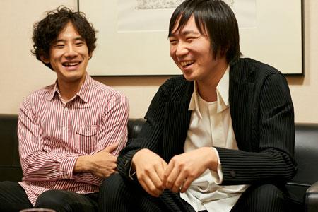 左から、上野耕平、阪田知樹  撮影:吉田タカユキ