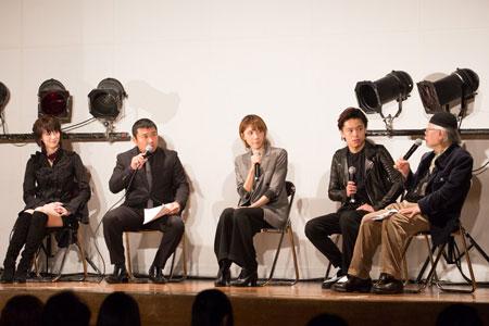 左から、凰稀かなめ、お宮の松、ハルカ、中川晃教、松本零士  撮影:石阪大輔