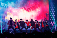 EXO PLANET #4 -The ElyXiOn- in JAPAN
