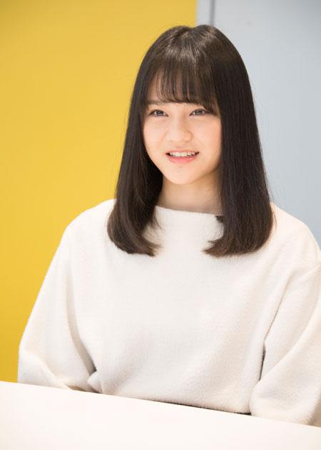 高松瞳  撮影:川野結李歌