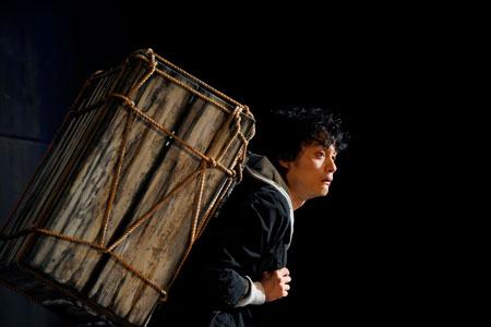世田谷パブリックシアター『岸 リトラル』 撮影:細野晋司