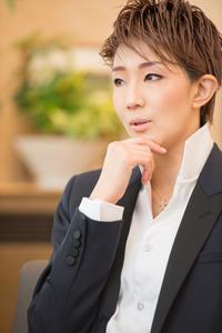 紅ゆずる 撮影:山脇美紀