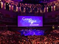 「ジェームズ・ボンド007『カジノ・ロワイヤル』 inコンサート」(2017年9月にロンドン、ロイヤル・アルバート・ホール公演より)