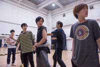 男劇団 青山表参道X 旗揚げ公演「SHIRO TORA」稽古場より 撮影:イシイノブミ