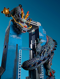 "「祝 飛龍遊々スカイビル」(彫刻) 2018年 ""Flying dragon frolicing around the Sky Building"" (Sculpture) 2018"