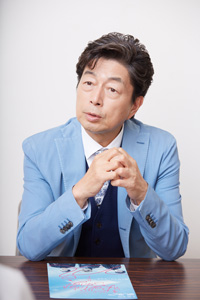 中村雅俊 撮影:石阪大輔