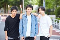 (画像左から)和田正人、宮崎秋人、木村了 撮影:石阪大輔