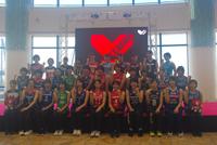 2018-19 Vリーグ女子開幕プロモーションに出席したV1・V2の選手一同