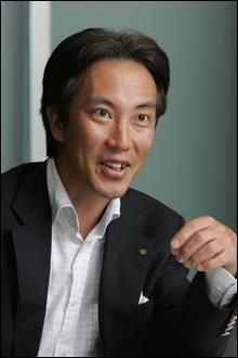 株式会社大和証券グループ本社 広報部長 金子好久